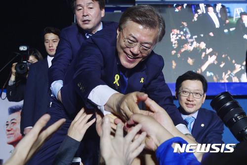 """[종합]중 언론 """"문재인 당선으로 한중관계 개선 기대"""""""