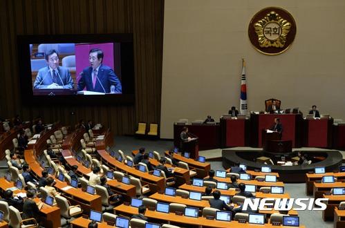 대정부질문 이틀째···북핵·사드·코리아 패싱 `쟁점`