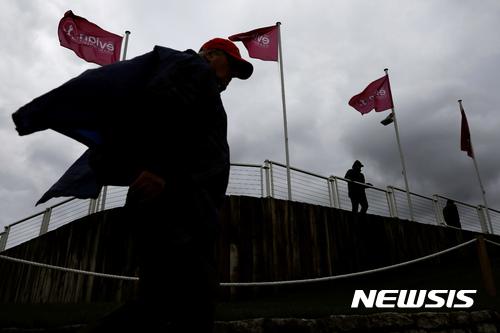 [LPGA]`하늘이 돕나` 6오버파 박성현, 에비앙 첫날 기상악화로 폐지
