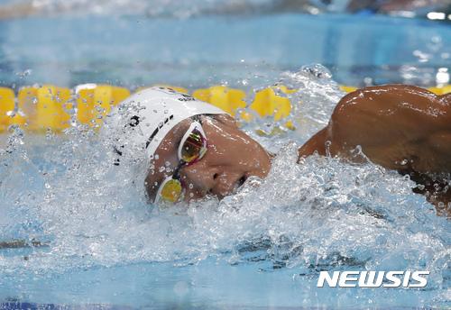 박태환 미국 대회 자유형 400m 7위…예선기록보다 3초↓