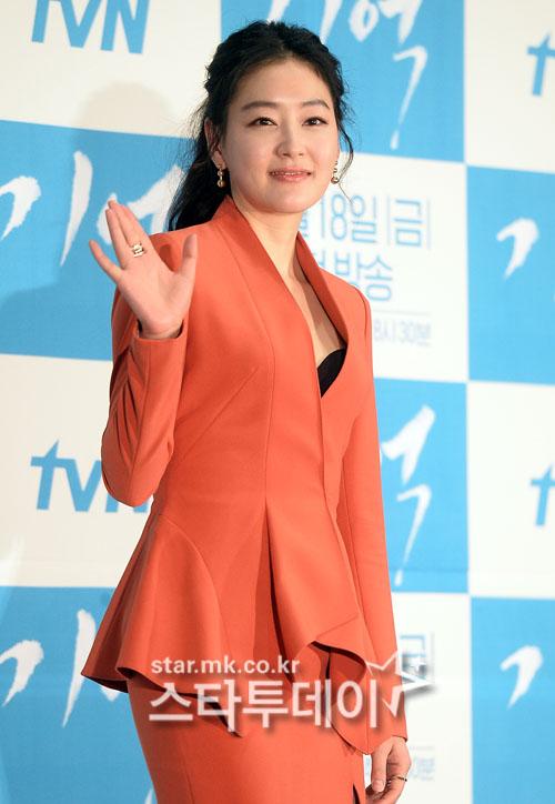 """SBS 측 """"배우 박진희, '리턴' 최자혜 역 출연 협의 중"""""""