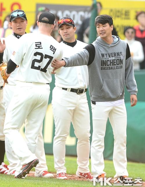 """[야구토토] 팬 45%, """"SK가 두산에 우세"""""""