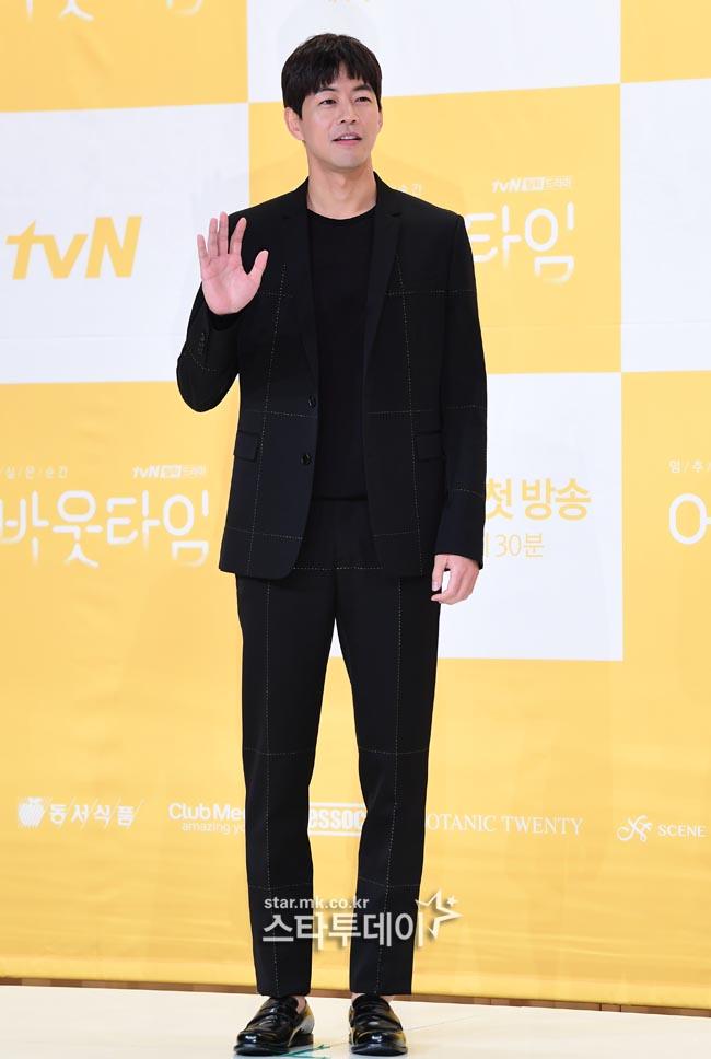 """`어바웃타임` 이상윤 """"스태프 글 사실 아닐것…돈독하게 촬영 중"""""""