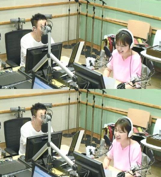 """이지혜 """"난 MBC의 딸이자 KBS의 손녀""""(라디오쇼)"""