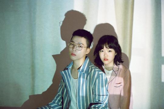 """YG 측, """"악뮤 이찬혁, 9월 18일 해병대 입대""""(공식입장)"""
