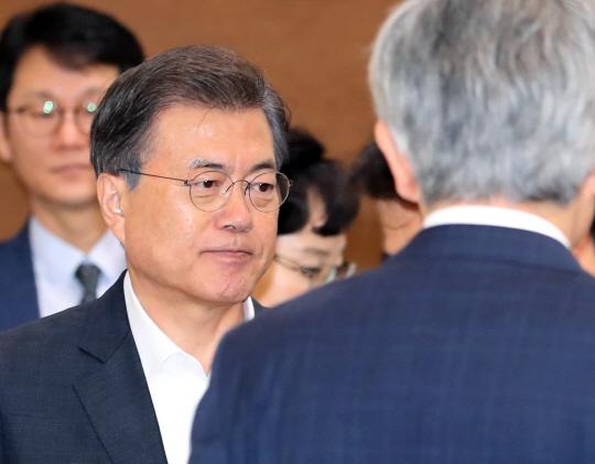 [속보] 정부, 국제기구 통해 800만弗 대북인도지원 검토···21일 결정