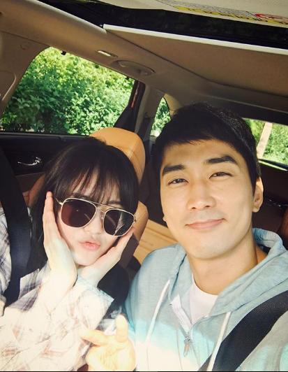 `블랙`고아라, 송승헌과 투샷~ `삼촌-조카 케미`