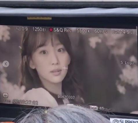 """'이리와 안아줘' 진기주, 아름다운 미소로 본방사수 독려 """"오늘밤 10시"""""""