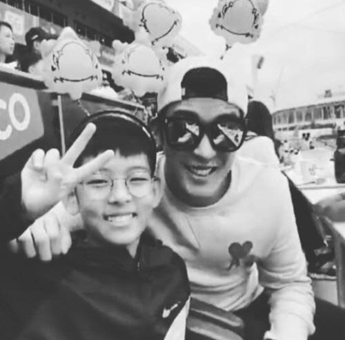 [SE★PIC] 강경준♥장신영, 아들과 함께하는 행복한 시간