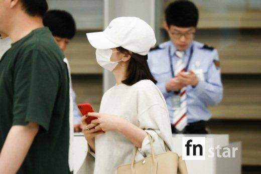 포토 송혜교 '아무도 모르게 고요히'