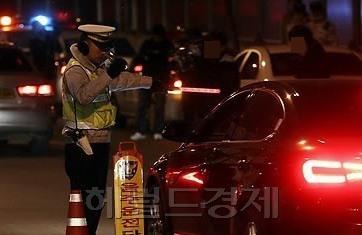 前 종편 女아나운서 만취 교통사고…도주하다 경찰에 붙잡혀
