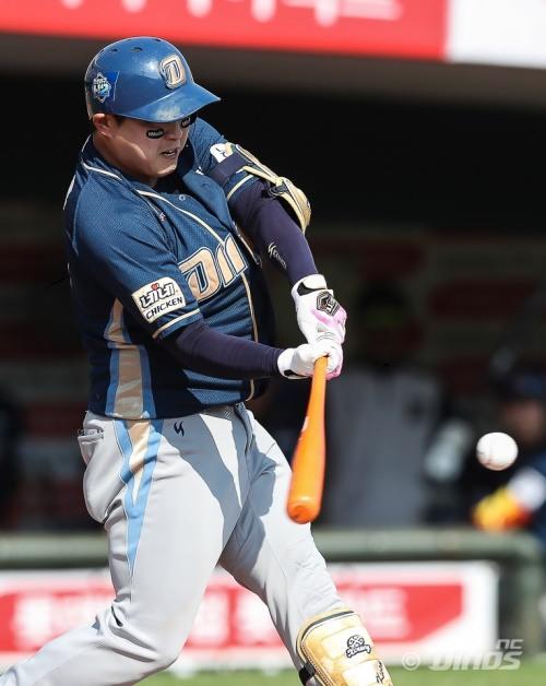 [프로야구] '홈런쇼' NC, 롯데를 상대로 13-6 대승