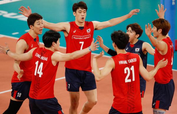 최약체라더니…한국 배구의 '드림팀'이었네