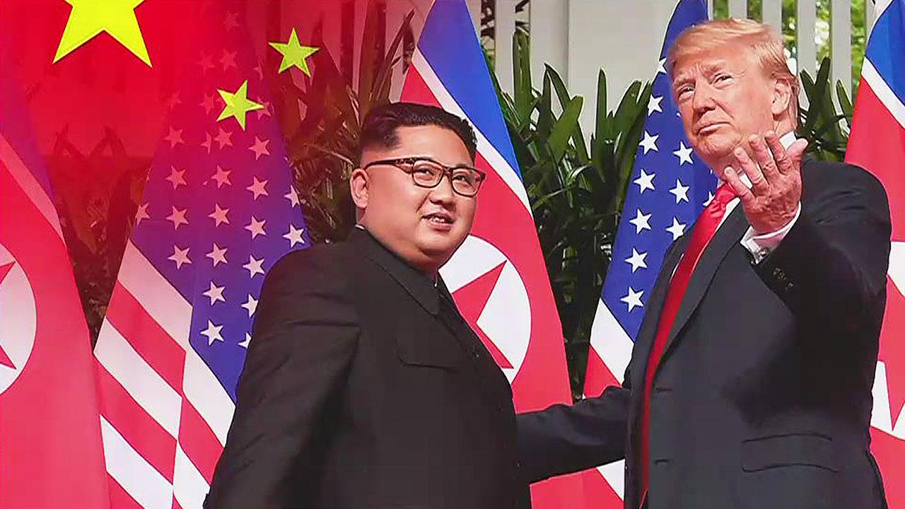 """中 왕이 """"트럼프-김정은 대화, 새 역사 창조한 것"""""""