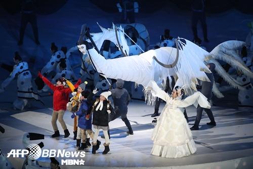 인면조와 함께하는 평창 동계올림픽 개막 퍼포먼스 [MBN포토]