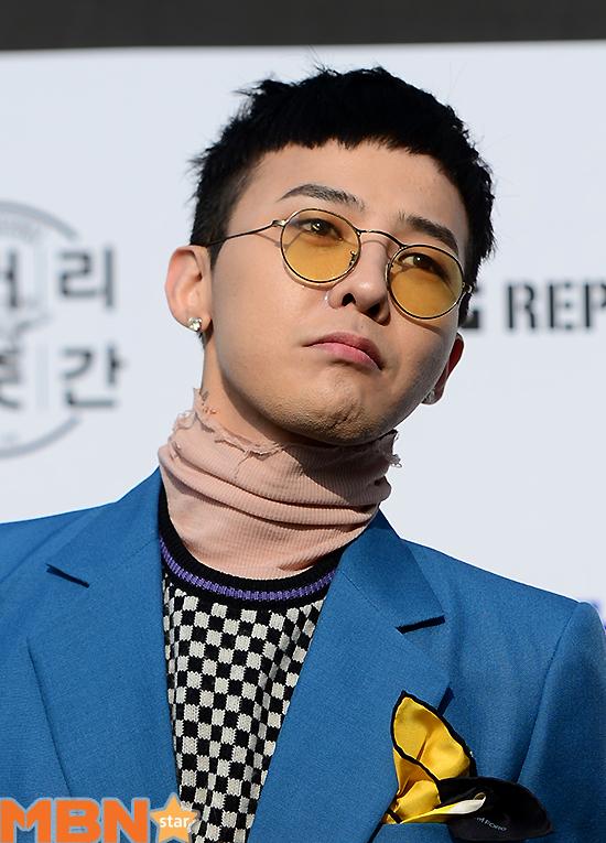 """YG """"지드래곤 발목수술 후 군 복귀 예정""""공식"""