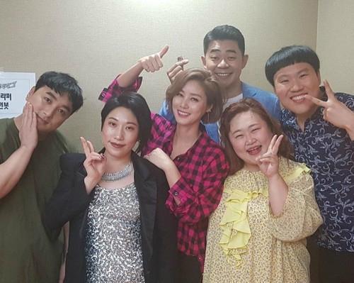 '누나가 왜 거기서 나와?' 김성령, '코빅' 출연 인증샷…변함없는 미모