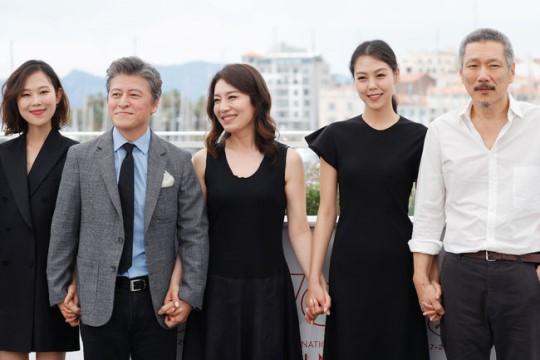 홍상수 신작, ♥김민희부터 정진영 출연..견고한 홍상수월드[종합]