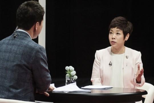Oh쎈 초점김미화 중계 사과문도 논란`김성주 복귀론`까지