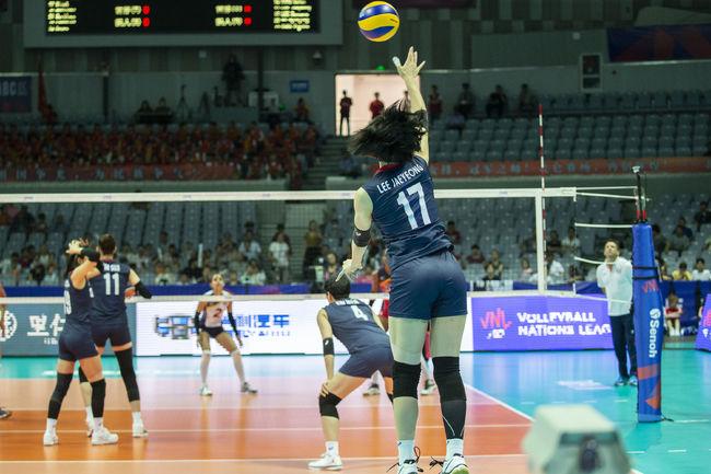 VNL 한국 도미니카 상대로 1세트 듀스 접전 승리1보