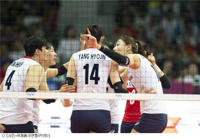 김연경·이재영 나란히 16점, 한국女배구 중국 꺾어