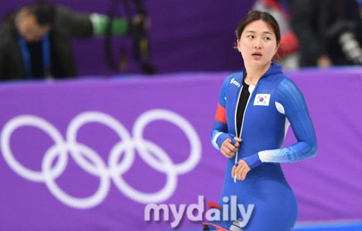 '첫 빙속 올림픽' 박승희, 女 1000m 16위…테르모르스 金(종합)