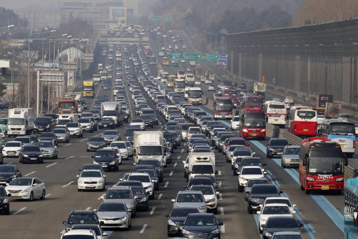 [설날 가이드] 알고계셨죠? 설연휴 고속도로 통행료 면제