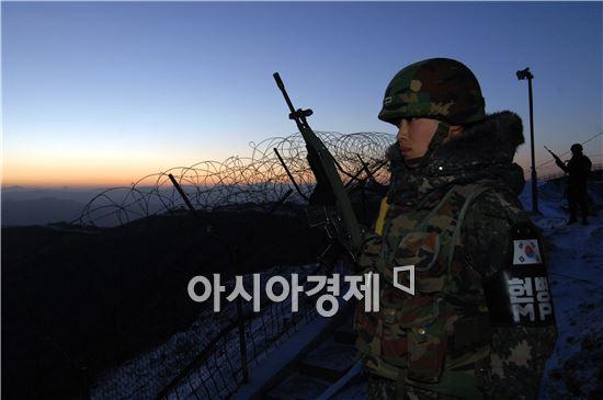 """군복무 단축, 2016년 10월 이후 입대자부터···""""늦게 가는 게 이득이네"""""""