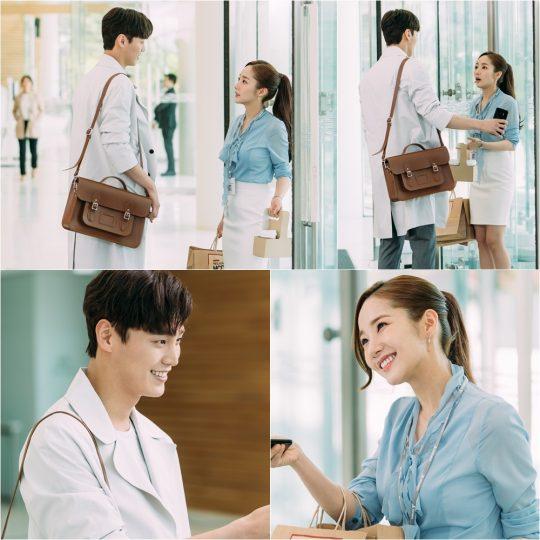 '김비서가 왜 그럴까' 박민영 이태환 향한 상냥한 '눈인사'…'미소' 뿜뿜