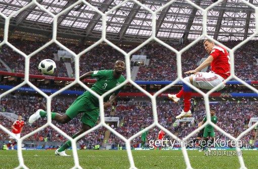 [월드컵] 러시아 주바, 후반 26분 추가골… 3-0 리드