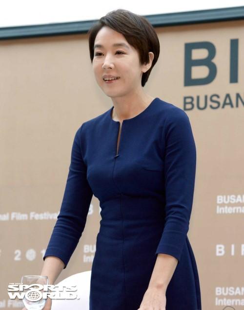 [SW이슈] `부국제` 강수연 사퇴, 사무국 내부 불만보니… ¨독단 지나치다¨