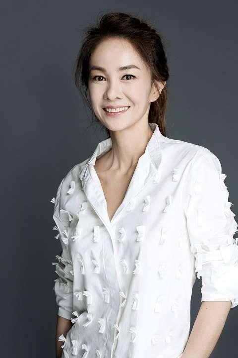 `미코` 장윤정, bob스타컴퍼니와 전속계약...배우로 활동 기지개