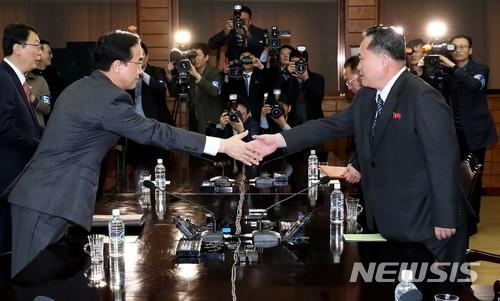 남북고위급회담 연기한 북한… 이유로'맥스선더' 꼽았지만 속내는 태영호?