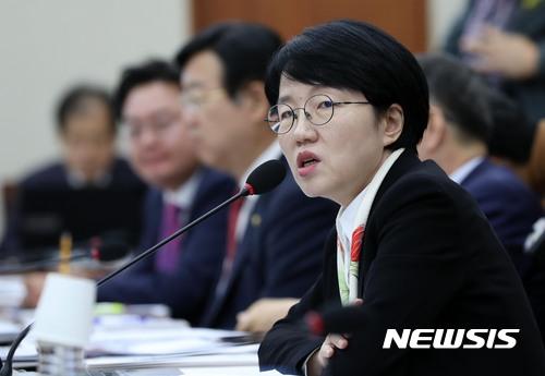 '한때' 안철수 핵심 측근 박선숙, 바른미래당과 '따로 행보'