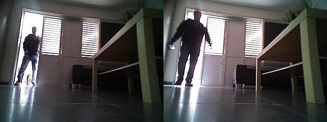 LG전자 로봇청소기가 도둑을 쫓아낸 사연은?