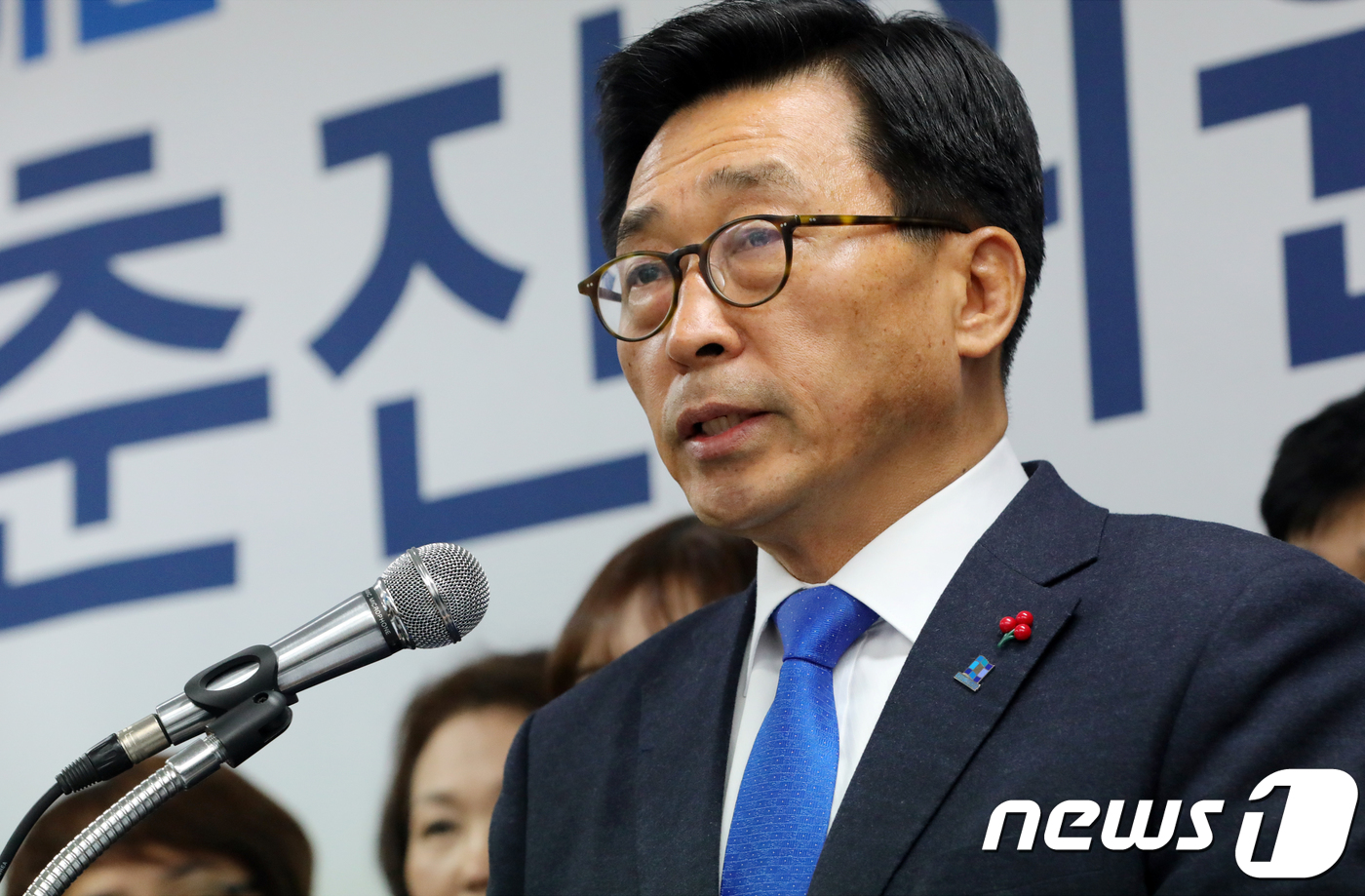 김춘진 민주당 전북도당위원장 ¨도지사 경선 출마¨