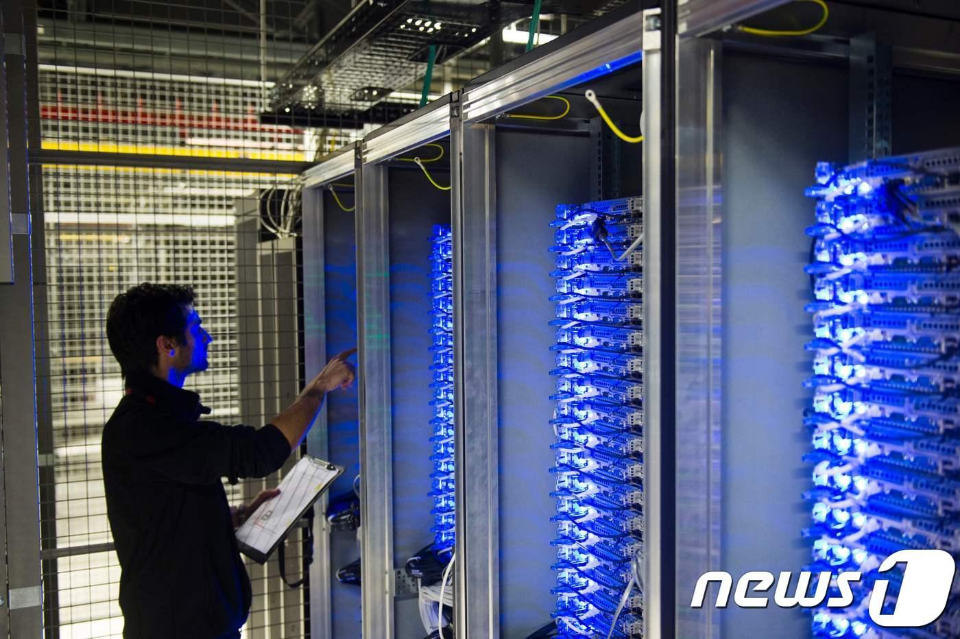서버 시장 올해도 38% 고공 성장…덩달아 웃는 반도체