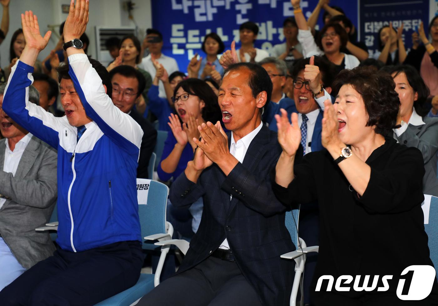 강원도지사 최문순 65.3%…'당선 확실'