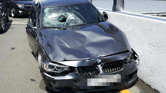 레이싱하듯 달려 '쾅'…부산 BMW 질주사고 外