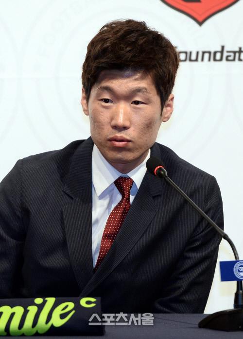 """JS파운데이션 측 """"박지성 모친, 지난해 교통사고…치료 중 사망"""""""