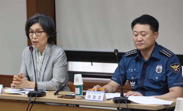 """경찰권 통제 시민기구 설치…일선 """"두 손 묶고 수사하나"""" 부글"""