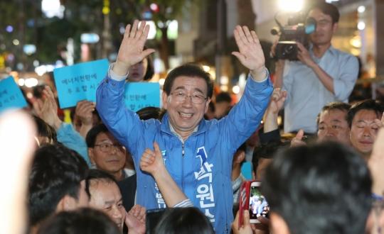 서울시장 선거, 개표율 4.4%…민주당 박원순, 57.9% '당선 유력'