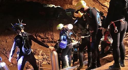 태국 동굴 고립 18일째, 소년·구조원 '동굴병' 감염 우려…최악 경우 '사망'