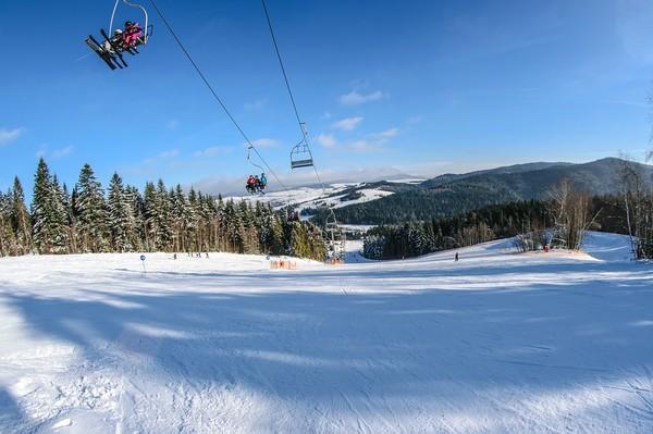 40대男, 직활강하던 10대 스키어와 부딪혀 `사망`