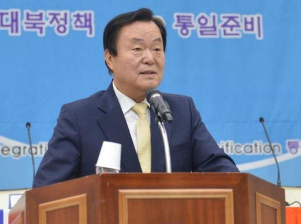 檢, 김경재 자유총연맹 회장 `노무현 명예훼손 혐의` 기소