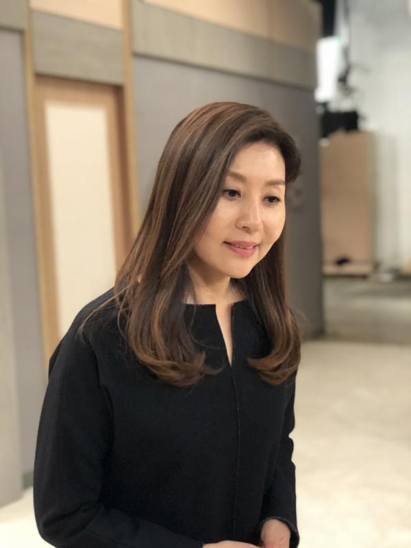 '인형의 집' 최명길 카리스마 재벌家 집사 변신!자상한 엄마의 충격적 두 얼굴!
