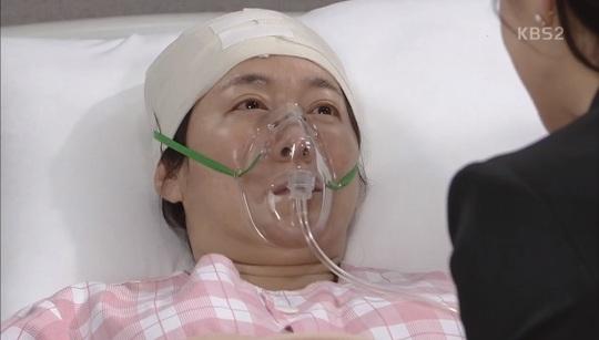 [결정적장면]'인형의 집' 박현숙 병원서 눈떴다, 친딸 박하나 눈물