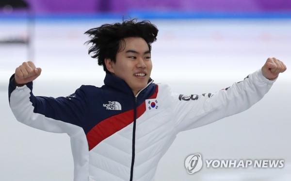 김민석, 스피드스케이팅 남자 1500m 亞최초 동메달… 한국 빙속메달 10개로 늘려