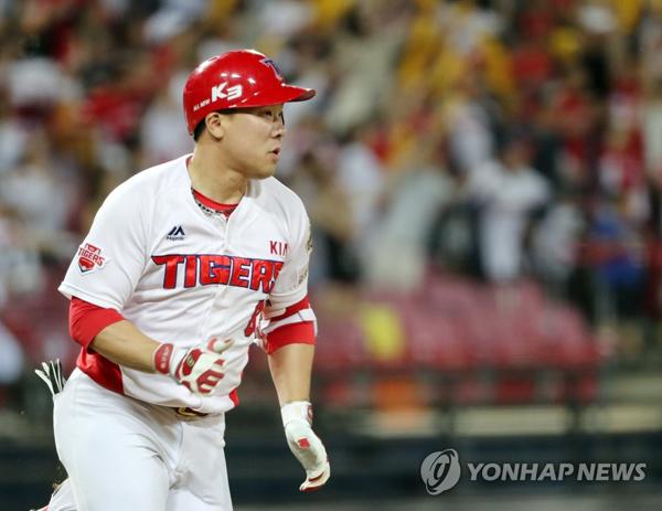 기아 SK에 4-0승 안치홍 홈런 포함 4타점 원맨쇼 팀 승리 이끌었다