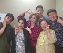 """'코빅' 김성령, 특별출연 인증샷… """"대박 '부모님이 누구니' 1위야 고마워"""""""